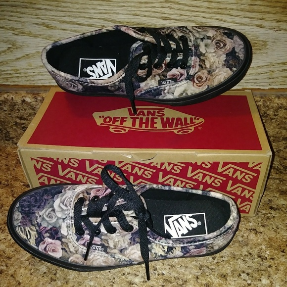Authentic Velvet Floral Black Vans Womens 6 df2e08a4a